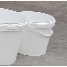 Plastový kbelík s víkem