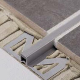 Dilatační - PVC - široká základna - 5mm - šedá